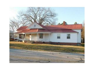 Foreclosed Home - 1066 Johnsontown Rd, 27360