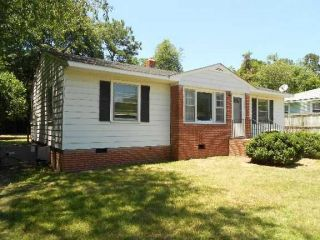 Foreclosed Home - 910 SANDALWOOD DR, 28304