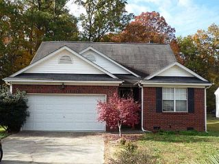 Foreclosed Home - 106 FOX CHAPEL DR, 29063