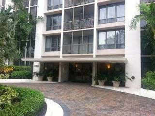 Foreclosed Home - 7786 Lakeside Blvd Apt 663, 33434