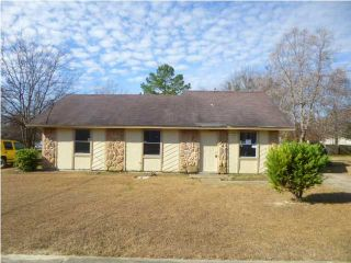 Foreclosed Home - 2828 Shenandoah Dr, 36116