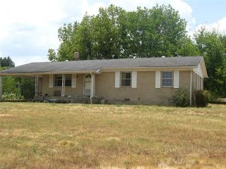 Foreclosed Home - 3475 PHILLIPS CHAPEL RD, 38485
