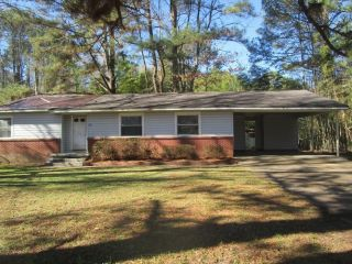 Foreclosed Home - 3431 Rainey Rd, 39212