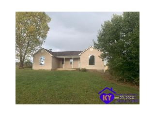 Foreclosed Home - 1648 Lawrenceburg Rd, 40008