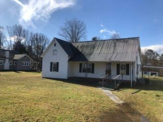 Foreclosed Home - 241 Mount Morgan Rd, 40769