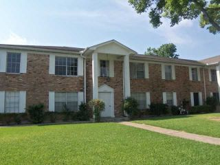 Foreclosed Home - 7213 BEECHNUT ST APT B, 77074