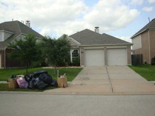 Foreclosed Home - 13021 CASTLEWIND LN, 77584
