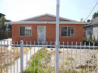 Foreclosed Home - 916 E 40TH PL, 90011